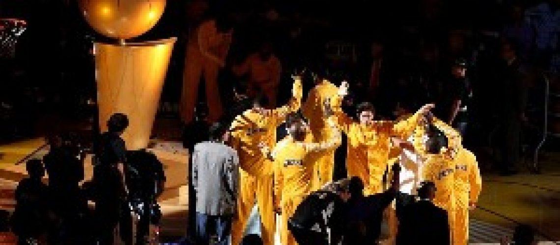 NBA: Los Angels Lakers vencem primeiro jogo da final