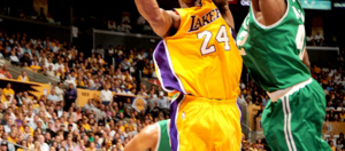 Lakers atropelam Celtics