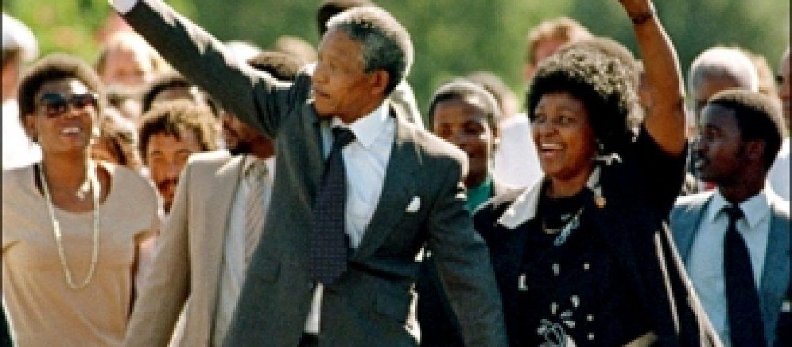 Nelson Mandela saiu da prisão há 20 anos