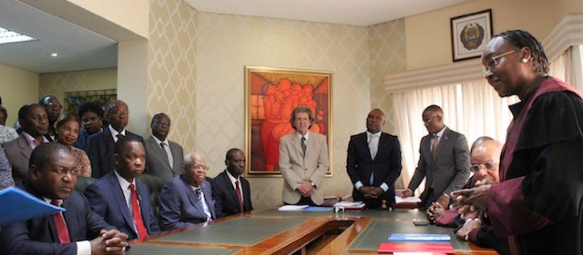 Gerais 2019: Nyusi visita sete Províncias numa semana e inscreve-se para Presidenciais; De Momade nem sinal