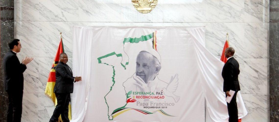 """Papa Francisco visita Moçambique em Setembro para """"trabalhar no restabelecimento de uma paz efectiva"""""""