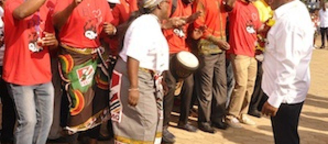 Guebuza erra no cálculo das contas do Congresso de Pemba