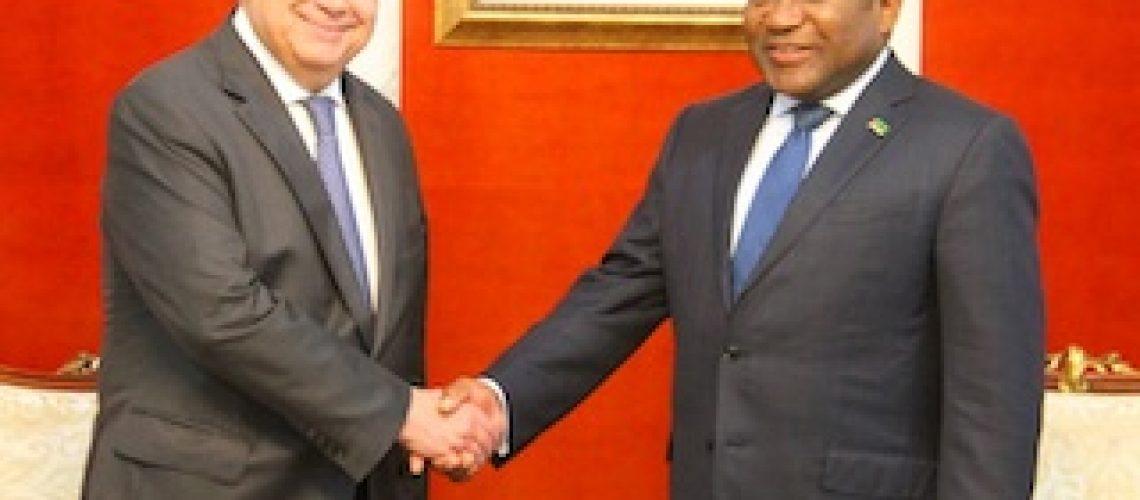 """Guterres só trouxe apoio moral mas disse que o mundo tem obrigação de apoiar Moçambique """"à escala da dimensão dos problemas"""""""