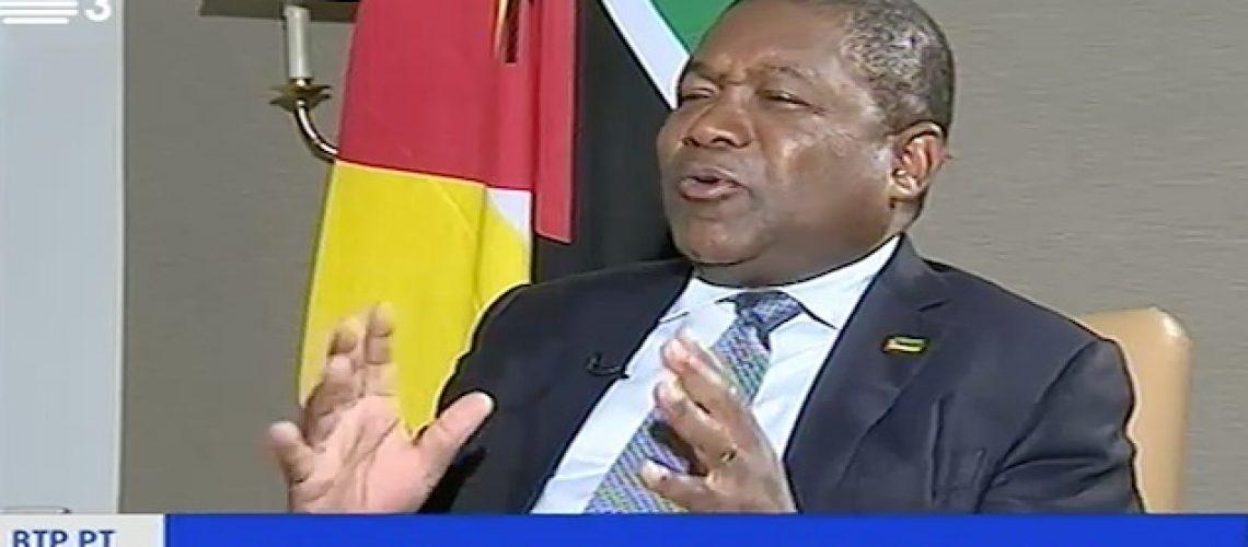 """Presidente Nyusi desvaloriza """"The Economist"""" e garante que Moçambique não é regime autoritário"""