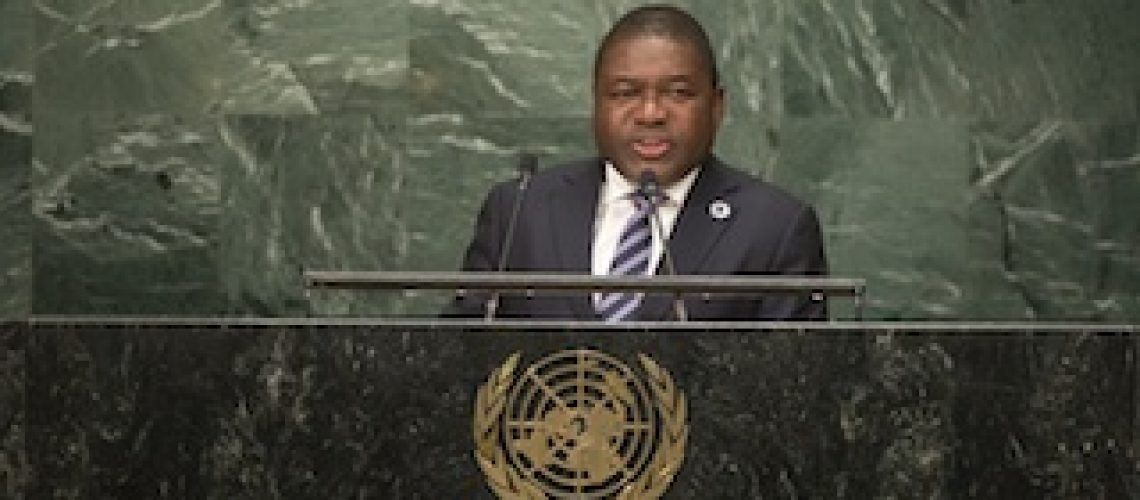 """Alheio a guerra e crise económica Nyusi disse na ONU pretender """"construir um mundo próspero"""