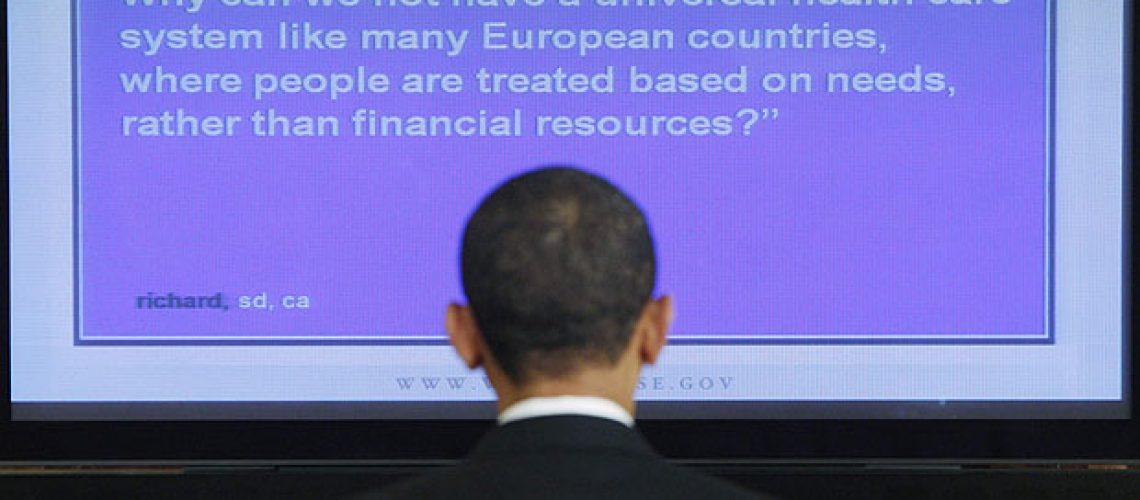 Obama conversa com americanos 'on-line' pela primeira vez