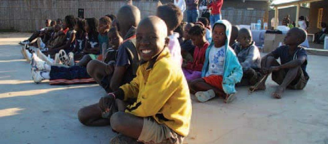 Direitos de crianças órfãns de SIDA