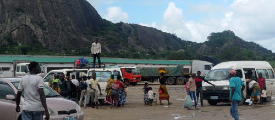 Transportadores de passageiros insurgem-se contra a edilidade de Nampula