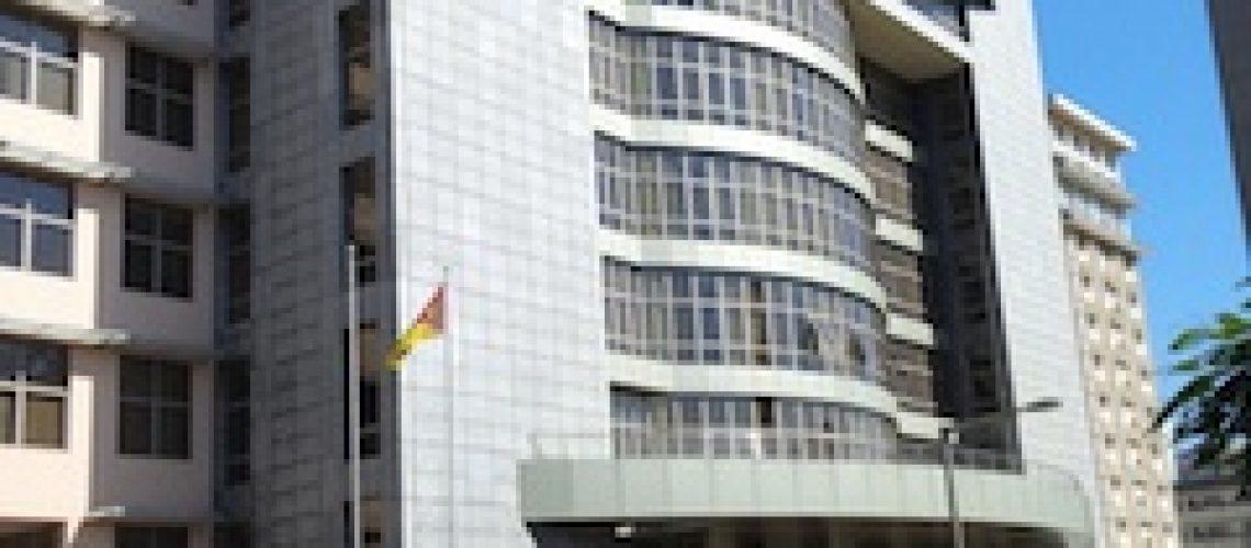 À reboque do Governo a PGR quer rever legislação do sector empresarial do Estado e procedimentos para emissão da Dívida Pública