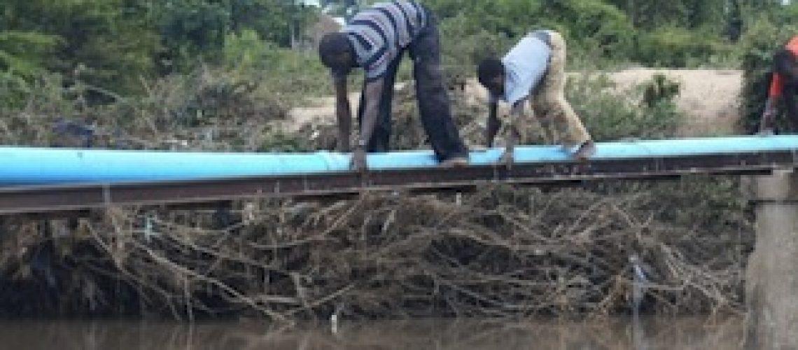 Cheias em Moçambique: 6ªfeira poderá ser reposto trânsito entre