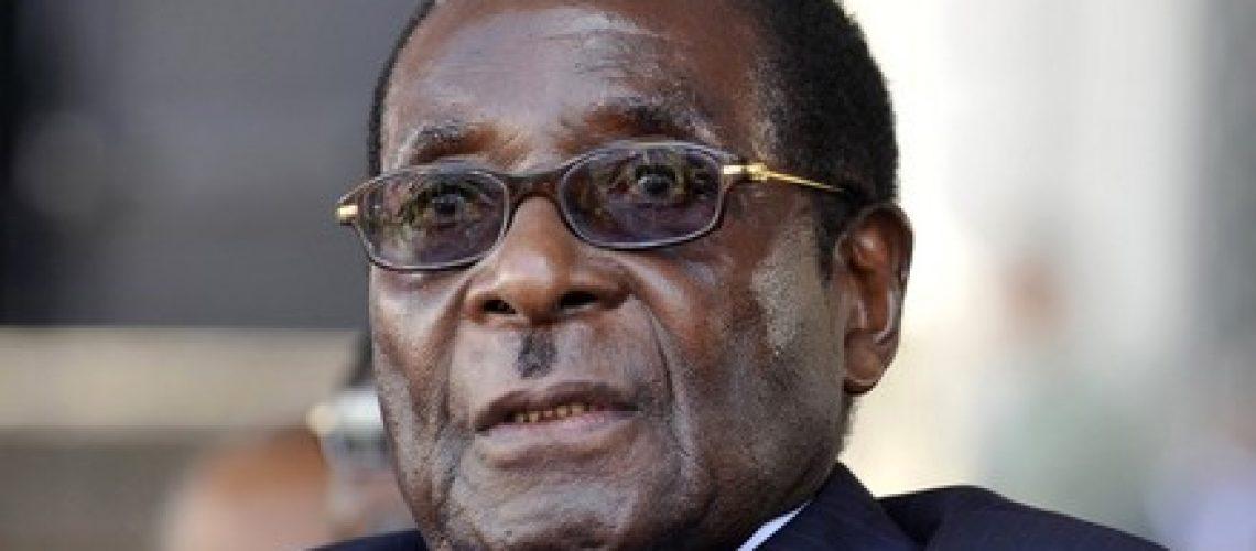 Guebuza felicita Mugabe pela sétima reeleição para Presidente do Zimbabwe