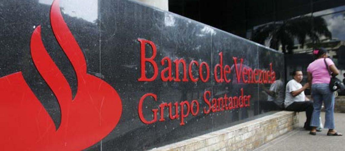 Chávez diz que nacionalização do Banco da Venezuela prosseguirá