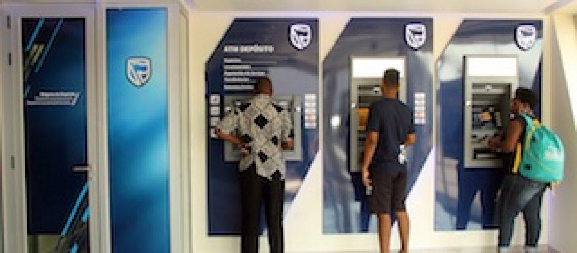 Agência da Av. do Trabalho: Standard Bank apresenta nova cara e novas funcionalidades