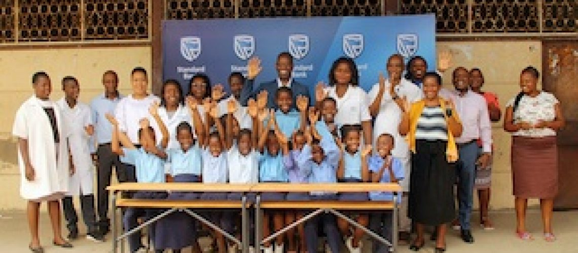Défice de carteiras escolares reduzido na autarquia da Matola