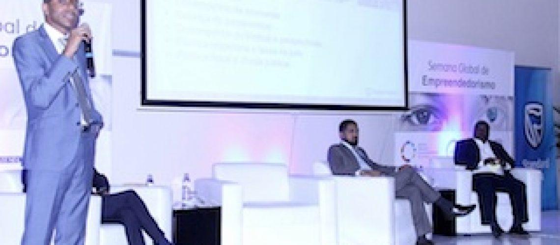 Com a participação de Moçambique: Standard Bank apoiou Cimeira de Investimentos Reino Unido - África