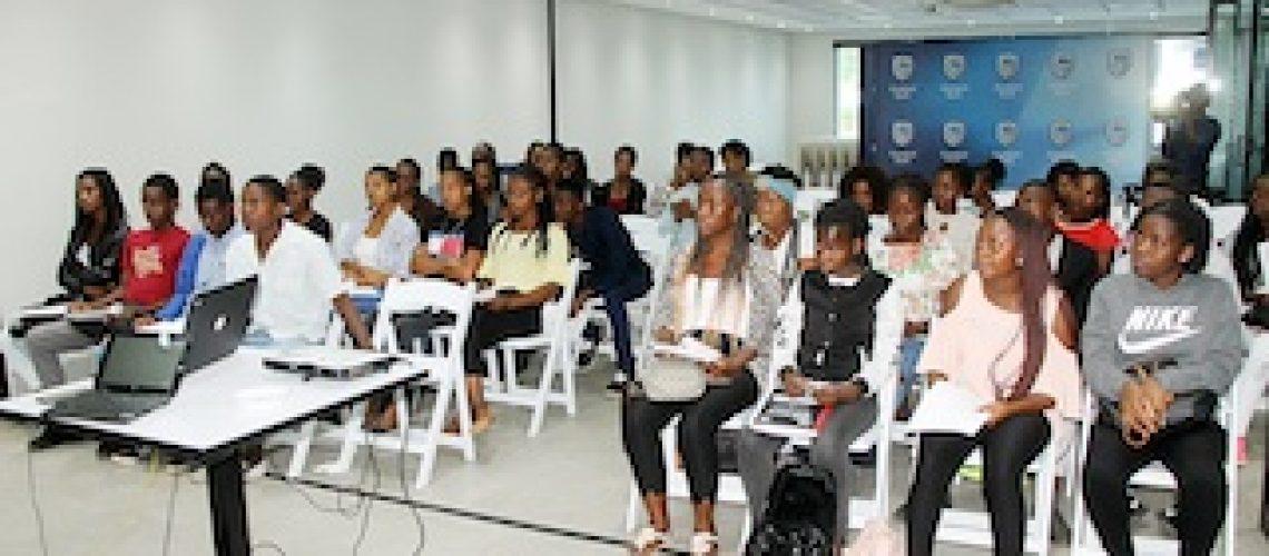 Orientação vocacional: Finalistas do secundário apoiados a escolher cursos superiores
