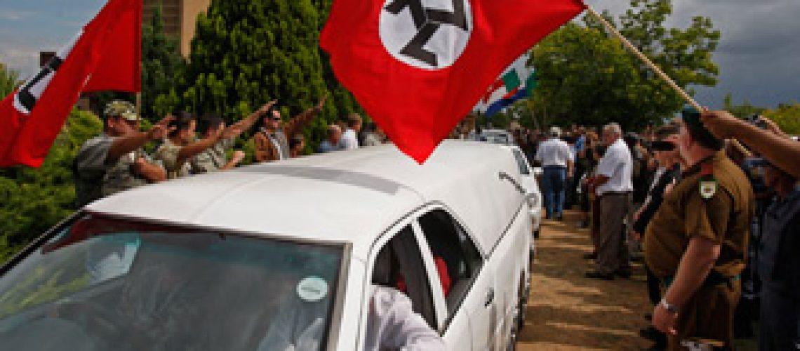 Milhares de brancos despediram-se de líder neonazista morto na África do Sul