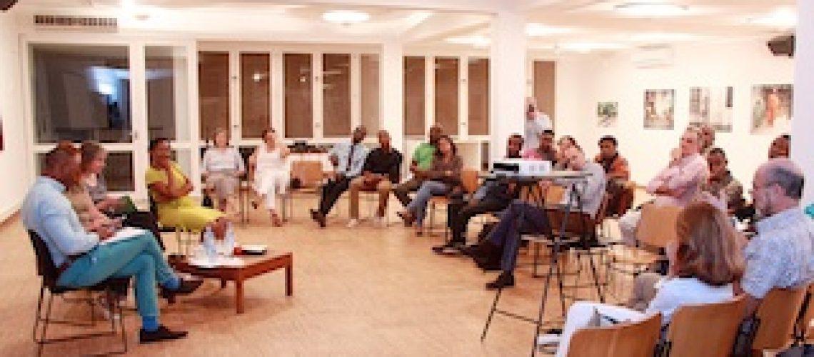 Tertúlias Itinerantes debatem simbologia das culturas moçambicana e portuguesa