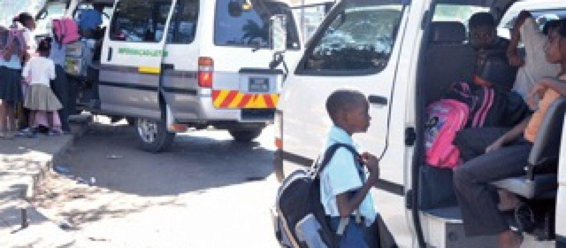 Centenas de chapas operam ilegalmente em Maputo