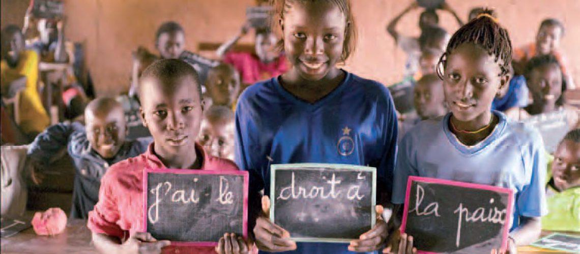 Metade das crianças do Mundo vive na pobreza