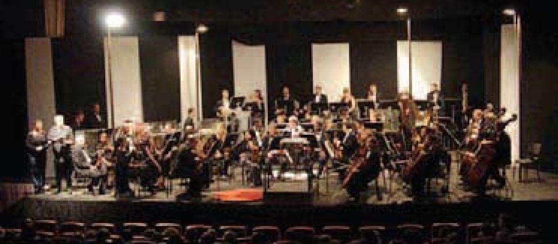 Ópera e Orquestra Filarmónica encantam Maputo