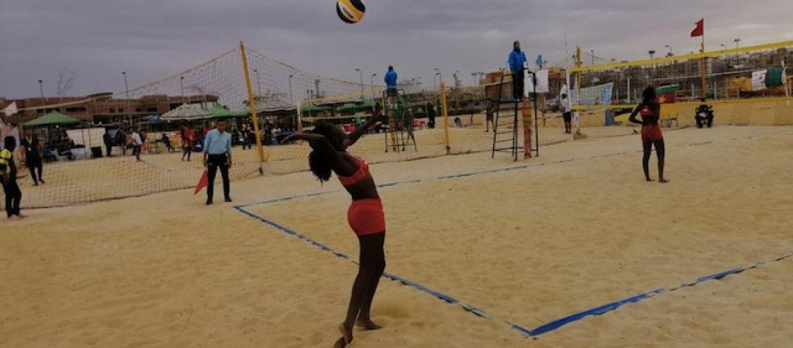 Liocádia & Mércia e José & Jorge colocam Moçambique de novo no Mundial sub-21 de voleibol de praia
