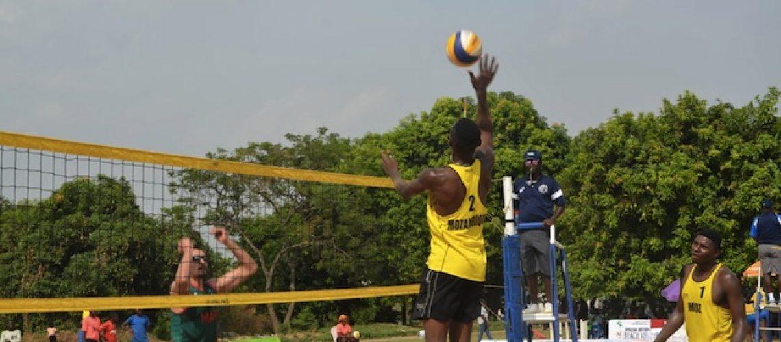 Délcio Soares e Adelvino Nuvunga levam Moçambique ao Mundial de voleibol de praia