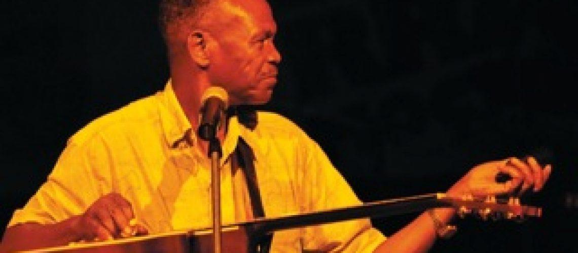 Xidiminguana celebra 77 anos